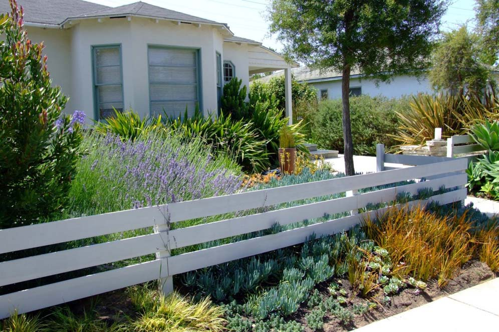 Three Horizontal Slat Fencing